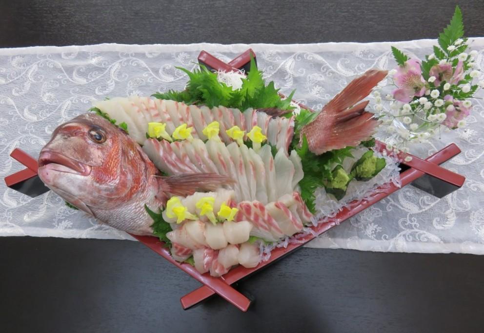鯛の姿造り【A13】4人盛<br />