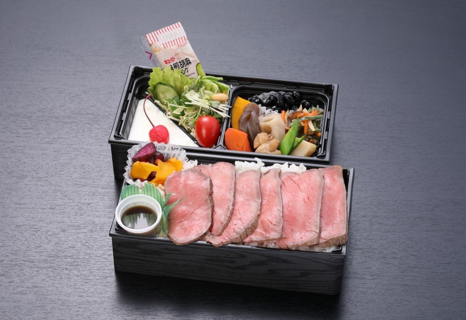 自家製ローストビーフ折詰【A100】
