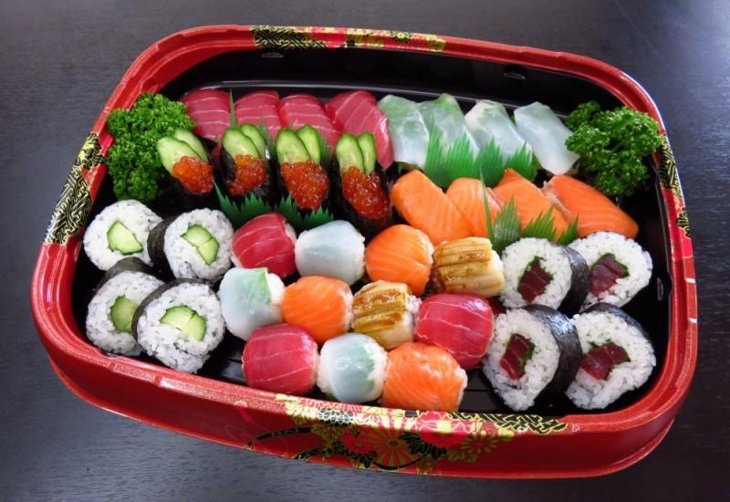 華やか寿司盛り合わせ【A77】<br>