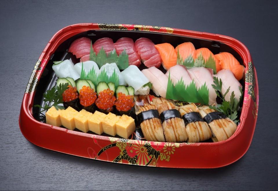 あでやか寿司盛り【A80】<br>4人盛り